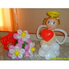 Ангелочек с букетом из шаров
