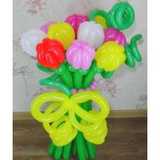 Букет из шариков разноцветные тюльпаны