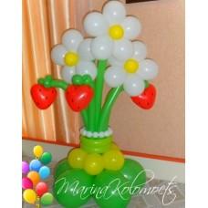 Букет из шаров с клубничками