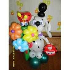 Игрушка пес из шаров с букетом и машинкой