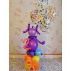 Лунтик из шаров с фонтаном гелиевых шаров.