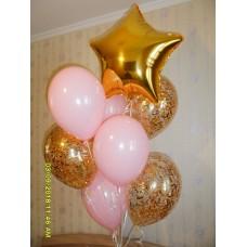 Фонтан из гелиевых шаров с золотой звездой.